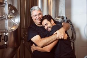 José Felipe Carneiro e seu pai, Miguel Carneiro